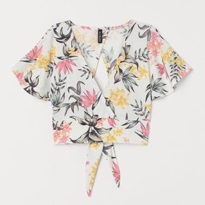 H&M Divided Floral Print Cropped Top Size Small
